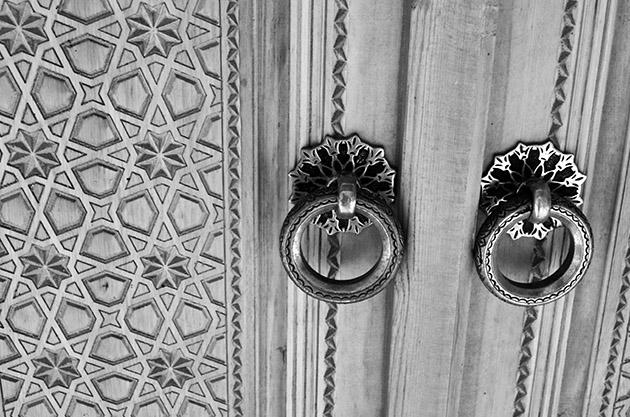Puerta cerrada. Bujará, 2015. Fuente: www.ritapouso.com