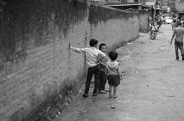 Niños. Katmandú, 2016. Fuente: www.ritapouso.com