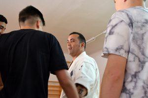 Lee Redondo imparte un taller de karate. Fuente: www.ritapouso.com
