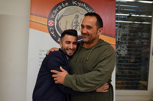 Tito y Lee Redondo en la Biblioteca Can Peixauet. Fuente: www.ritapouso.com